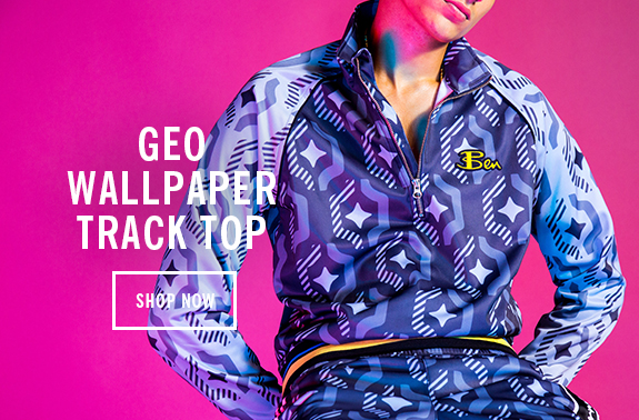 geo wallpaper track top