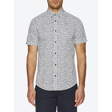 Picture of Leaf Print Mod Fit Shirt